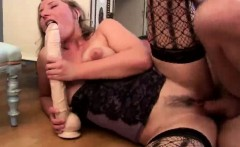 Sexy blonde babe ges her twat stretched by a huge dildo