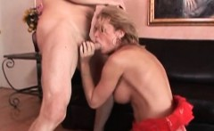 Shemale Astrid Shay sucks a thick cock