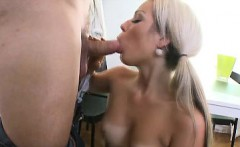 nona has never had sex and at 18, this blonde wants to have