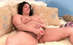 Mom's big tits and willing pussy need attention