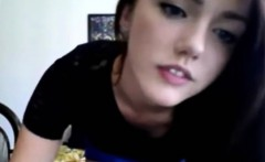 teen canadian brunette strip on webcam