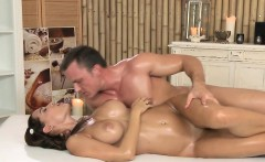 Masseur bath and fuck busty babe in massage room