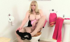 british granny amanda degas masturbates in bathroom