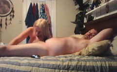 Hubby gets blowjob