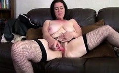 New GF at MILF-MEET.COM - Awesome mature mother makes her fi