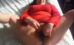 Chubby MILF masturbates and squirts