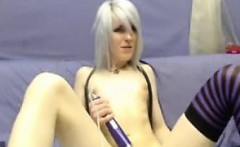 Amateur Emo Slut With No Tits