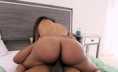 Big butt ebony Jayla Foxx gets good fucked