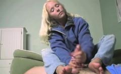 FetishNetwork Julie wants cum on feet