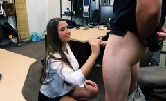 Big booty amateur brunette babe pawns her twat and banged