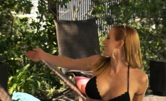 Divorced cougar gets lucky with younger guy and gets laid