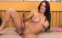 stacked brunette lylith lavey uses two sex toys to reach her climax