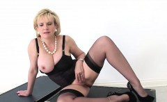 Unfaithful british mature gill ellis pops out her heavy boob