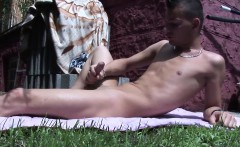 Sexy guy Dave Graham loves jerking his dick off outdoors