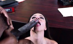 Mature Hottie Ariella Ferrera Receives Good Dicking