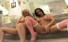 Alexis Texas and Rachel Starr are in threesome act