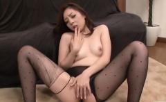 maki mizusawa loves having jizz on her lips