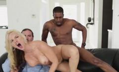 Cuckolding milf banged by big dick