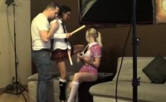 Teen lesbians backstage by Nastygeeks