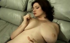 the most amazing natural body on this busty amateur babe