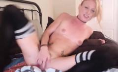amateur tittymonster19 masturbating on live webcam