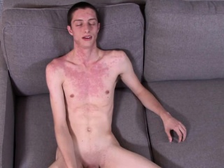 Skinny soldier with big cock Adrien Wolf jacking it hard