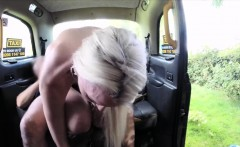 Sexy babe butt plug and asshole ripped in the backseat