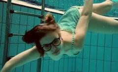 Big titted Dashka bounces body underwater