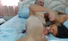 Thai rough blojob with older guy