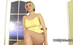 Blonde hoe in wet panties tasting her hot piss