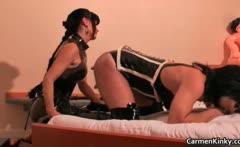 Kinky Carmen has fun with her sex slave