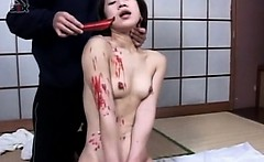 Asian sweet babe gets hot wax dripped on naked body