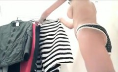 Sexy Asian Chick Watched Trying On Clothes