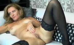 Beauty MILF Masturbation