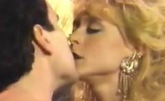 Sluts Fucking In This Classic Threesome