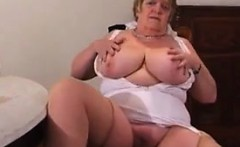 Find me from MILF-MEET.COM - UK Granny Show