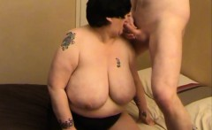 Granny BBW with an amazing pair of knockers