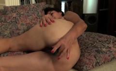 USAWives mature Lori Leane solo masturbation