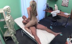 FakeHospital Cute blonde patient gets pussy exam