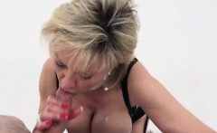 Unfaithful british mature gill ellis presents her big tits