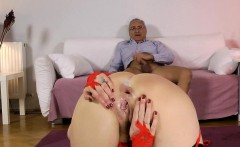 UK mature arse fucked in fishnet stockings
