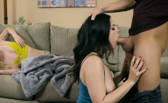 Brazzers - Teens Like It Big - Sharing the S