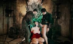 Ella Hughes And Rebecca Moore In Queen Of Thrones Part 4 A X