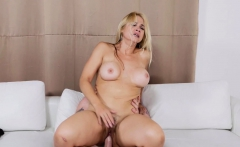 MILF loves riding on top