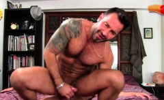 Muscle gay piss with cumshot