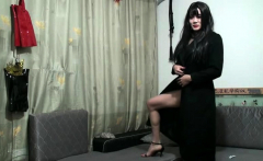 Amateur asian tranny in solo act