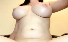 Sexy chubby girl big ass boobs play webcam