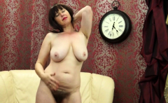 Hairy mom Janey fingering herself