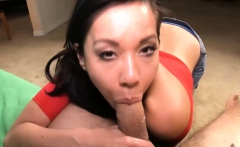 Kimmy Lee Gets A Thick Cock Dipping Into Her Wet Hole