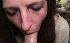 Lucky guy has fun with a kinky babe
